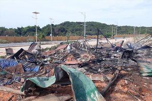 Nổ lớn khu vực thi công dự án sân golf Cam Ranh, 10 người thương vong