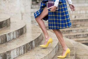 Liên tục mang giày cao gót, tổn thương ngón chân của H'Hen Niê có nguy hiểm?