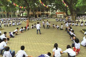 Trường học hạnh phúc: Chuyển động từ thầy cô