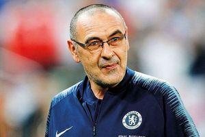 HLV Maurizio Sarri chính thức rời Chelsea đến Juventus
