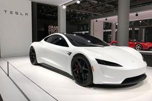 Elon Musk: Tesla sắp ra mẫu xe có thể đi 643km mỗi lần sạc