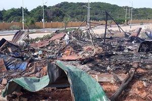 Cháy lán trại trong dự án sân golf, 2 người chết, 8 người bị thương