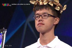 Nam sinh Đắk Lắk 'lội ngược dòng' xuất sắc ở phút chót, giành vòng nguyệt quế Olympia