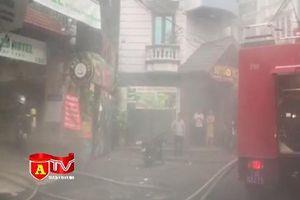 Hà Nội: Cảnh sát PCCC hướng dẫn thoát nạn cho 42 người trong vụ cháy khách sạn