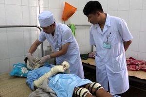 Bình gas nổ trong đám tang, 5 người nhập viện