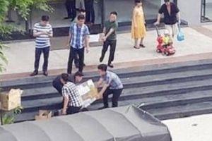 Thưởng chuyên án phá đường dây người Trung Quốc tổ chức đánh bạc