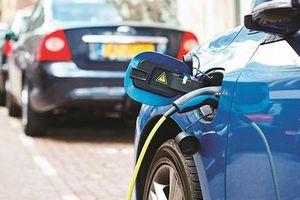 Thái Lan lên kế hoạch biến ôtô cũ thành xe chạy điện