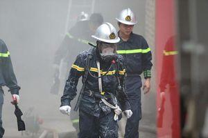 Hà Nội: Cháy lớn tại một khách sạn trên phố cổ, hơn 30 người hốt hoảng tháo chạy