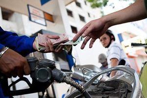 Giá xăng dầu đồng loạt giảm trên dưới 1.000 đồng/lít