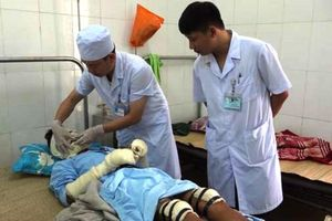 Thanh Hóa: Nổ bình ga khi đang nấu ăn, 5 người bị bỏng nặng