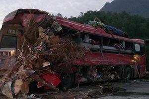 Bàng hoàng nghe nhân chứng kể lại vụ tai nạn thảm khốc ở Hòa Bình
