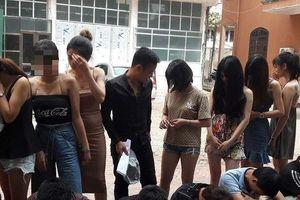 Hưng Yên: Phát hiện 24 nam, nữ thanh niên đang phê ma túy trong quán karaoke