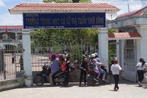 Đề nghị truy tố thầy giáo sàm sỡ nhiều nữ sinh ở Cà Mau