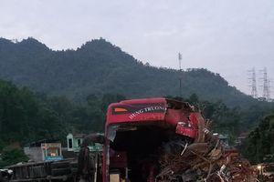Tai nạn thảm khốc, hơn 40 người thương vong ở Hòa Bình: Phó Thủ tướng chỉ đạo khẩn