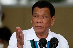 TT Duterte bị chỉ trích vì vụ đâm tàu: 'Đừng khoe mình yếu nữa'