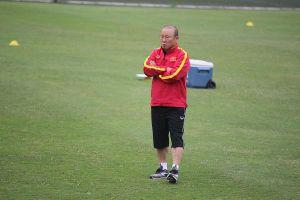 Chủ tịch Liên đoàn bóng đá Việt Nam lên tiếng về hợp đồng với HLV Park Hang Seo