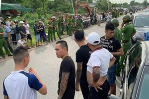 Vụ xe có công an Đồng Nai bị vây: Có 2 nhóm giang hồ được gọi đến?