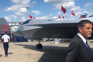Thổ Nhĩ Kỳ trình làng máy bay mạnh hơn F-35