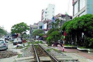 Hàng loạt dự án ATGT đường sắt dở dang vì... đói vốn