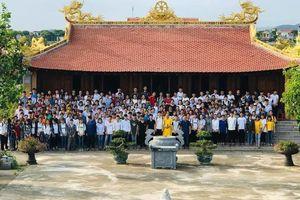 Tâm lý như giáo viên 'trường người ta', tổ chức cho gần 500 học sinh toàn khối lên chùa cầu may trước kỳ thi THPT Quốc gia