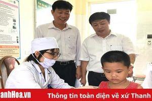 Giám sát chiến dịch tiêm bổ sung vắc xin Sởi - Rubella cho trẻ từ 1 - 5 tuổi tại huyện Hoằng Hóa