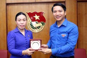 Bí thư Trung ương Đoàn Nguyễn Ngọc Lương tiếp xã giao đoàn đại biểu Thành đoàn Viêng Chăn (Lào)