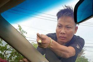 Sau Giang '36' đến lượt Tuấn 'nhóc' bị bắt vụ vây xe chở công an