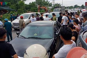 Khởi tố vụ giang hồ vây xe chở công an ở Đồng Nai