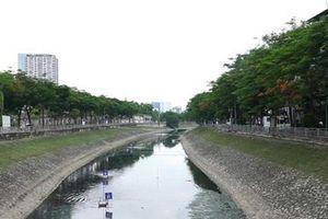 Nước sông Tô Lịch trong hơn sau 1 tháng làm sạch bằng công nghệ Nhật Bản