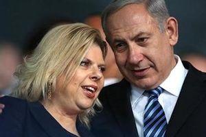 Cơn khủng hoảng của vợ chồng ông Netanyahu