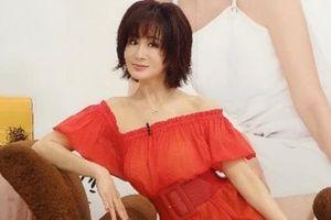 'Tiểu Long Nữ' Phan Nghinh Tử giữ được vẻ trẻ trung ở tuổi 70