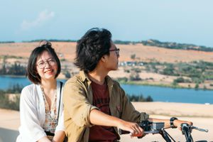 Sahara thu nhỏ ở Bình Thuận 'chill phết' qua chuyến đi hai người