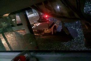 Thanh Hóa: Một xe khách bị tấn công bằng gạch đá trong đêm