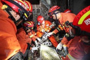 Động đất ở Trung Quốc, hơn 200 người thương vong