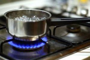 Mẹo giúp tiết kiệm 50% lượng gas khi nấu ăn trong gia đình