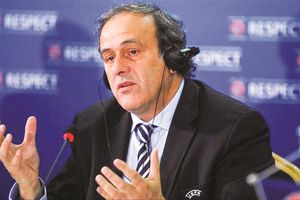 Vì sao Cựu chủ tịch UEFA Michel Platini lại bị cảnh sát Pháp bắt giữ