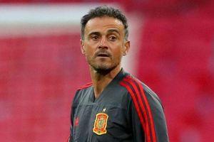 HLV Luis Enrique bất ngờ chia tay tuyển Tây Ban Nha