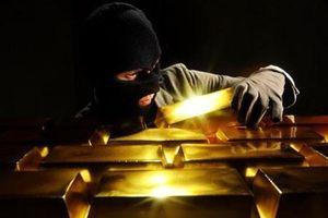 Năm 'người dơi' chuyên trộm cắp tại các tiệm vàng sa lưới