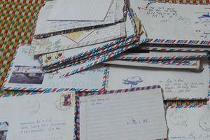 Đăng ảnh loạt thư viết tay một thời, chàng trai khẳng định chỉ 8x mới hiểu thế nào là tình yêu, dân mạng 9x 'ném đá' vì lý do này