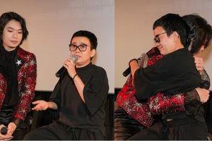 Phương Uyên khóc nức nở khi chứng kiến danh hài Quang Trung debut làm ca sĩ