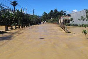 Lâm Đồng: Lũ kinh hoàng tràn về, nhiều căn nhà và cây trồng ngập trong nước