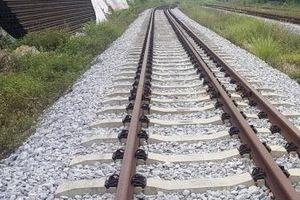 Dự án Tuyến đường sắt Yên Viên - Phả Lại - Hạ Long - Cái Lân: Khối tài sản cả ngàn tỷ đồng tiếp tục dãi nắng mưa