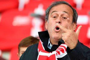Cựu Chủ tịch UEFA Michel Platini bất ngờ được trả tự do