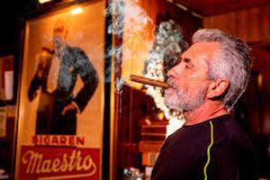 Mỹ: Thành phố cấm bán thuốc lá đầu tiên