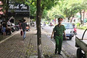 Phường Thanh Xuân Bắc ra quân xử lý vi phạm trật tự đô thị