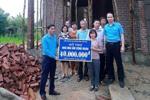 LĐLĐ Phú Thọ: Trao hỗ trợ xây dựng nhà Mái ấm CĐ tại huyện Thanh Ba