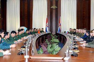 Đoàn đại biểu cấp cao Quân đội nhân dân Việt Nam thăm LB Nga