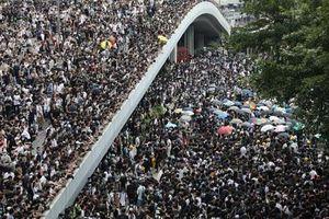 Nhìn lại những cuộc biểu tình 'chao đảo' Hong Kong hai thập kỷ qua