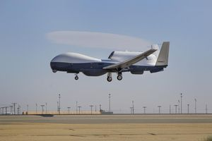Washington cáo buộc Iran bắn hạ máy bay không người lái của Mỹ trên không phận quốc tế