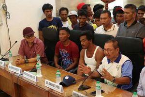 Thuyền trưởng Philippines đổi giọng về vụ chìm tàu ở Biển Đông